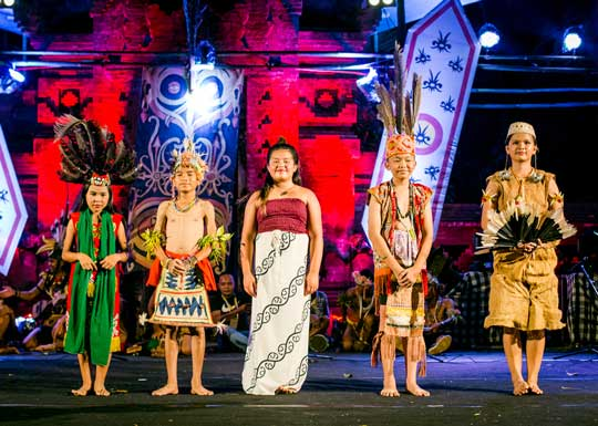Mentawai YPBM students perform at international cultural festival in Ubud, Bali