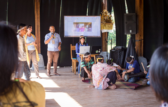 The Chairman of the Mentawai Cultural Education Foundation presented a Mentawai cultural education workshop at the Indigenous festival in Ubud, Bali